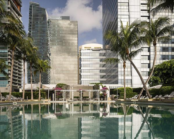 Four Seasons Hotel Miami Miami