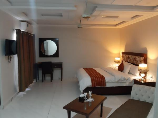 Hotel Executive Lodges Bahāwalpur