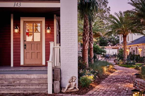 The Collector - Luxury Inn & Gardens St. Augustine
