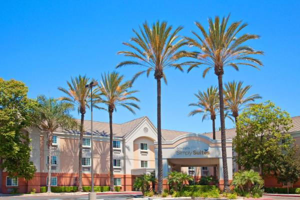 Candlewood Suites OC Airport-Irvine West