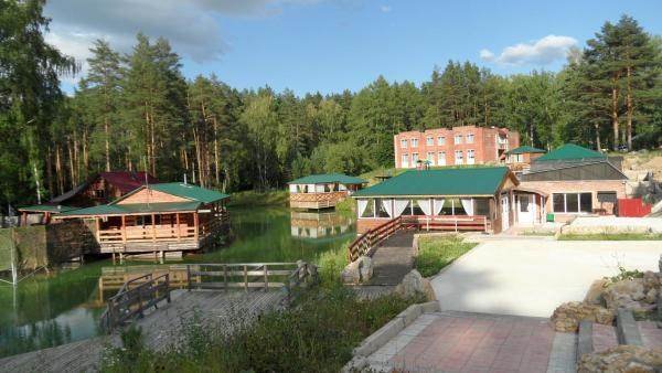 Country club Berloga Samilinka