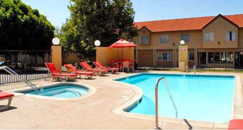GuestHouse Inn & Suites Upland Upland