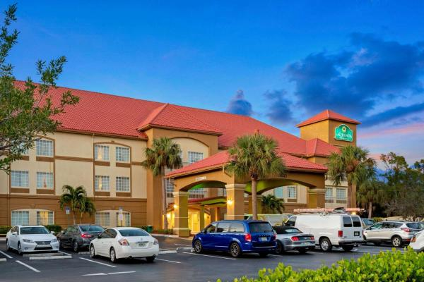 La Quinta Inn & Suites Fort Myers Airport Fort Myers