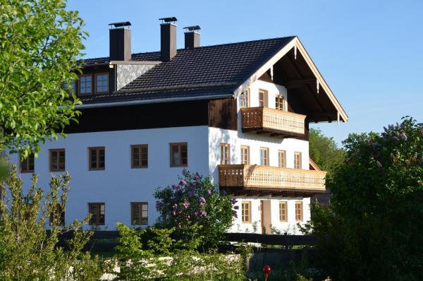 Alte Gendarmerie Ubersee 4 Ubersee Chiemsee Germany 10 Guest Reviews Book Hotel Alte Gendarmerie Ubersee 4