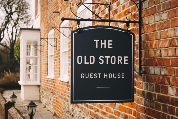 The Old Store Guest House Чичестер