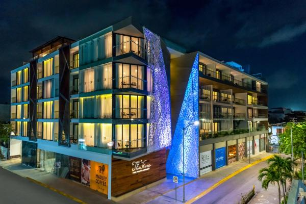 The Fives Downtown Hotel & Residences, Curio Collection by Hilton Playa del Carmen