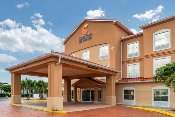 Comfort Inn & Suites Fort Myers Airport Fort Myers