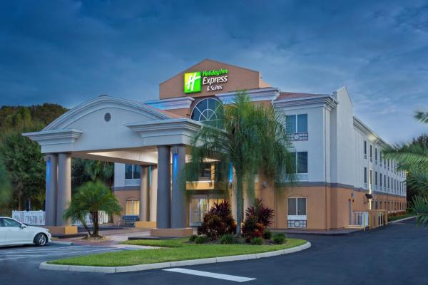 Holiday Inn Express & Suites Tavares Tavares