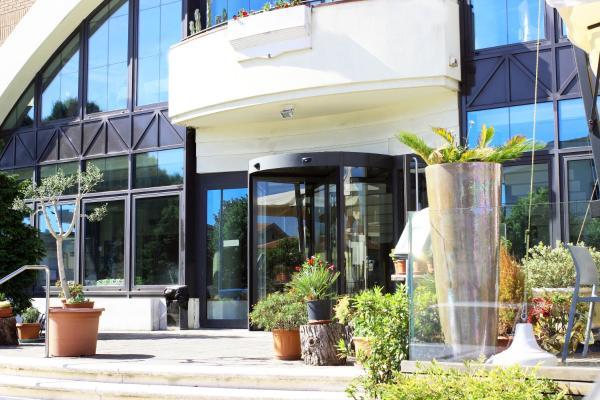 Hotel Ombra