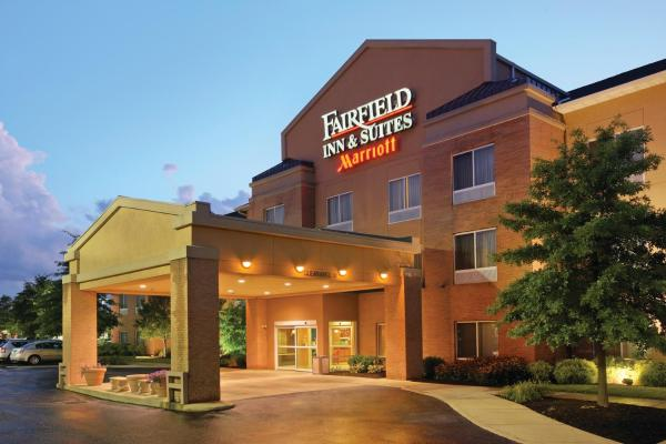 Fairfield Inn & Suites Akron South Akron
