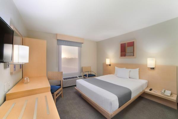 Hotels Near Huemac Prices Easy Booking