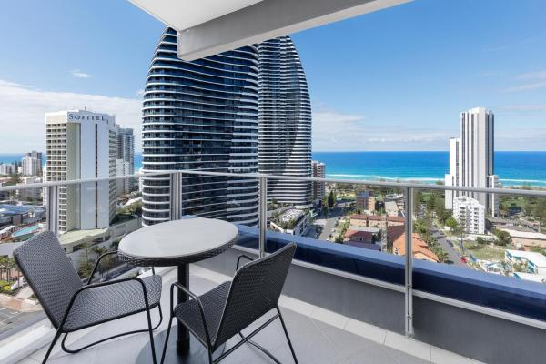 Meriton Suites Broadbeach Gold Coast