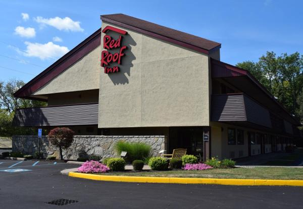 Red Roof Inn Utica Ютика