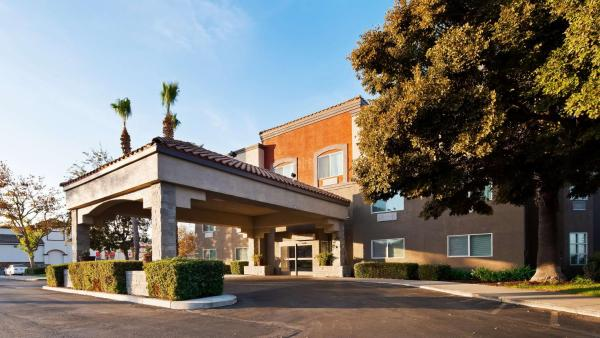 Best Western Plus Villa Del Lago Inn Patterson