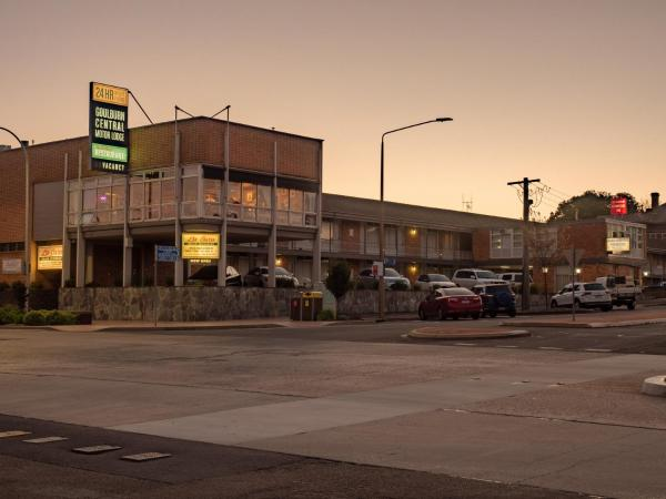 Goulburn Central Motor Lodge Гоулбёрн