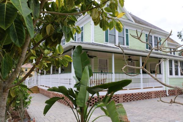 The Londoner Bed & Breakfast Bradenton