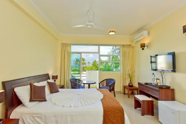 Crystal Beach Inn Hulhumale