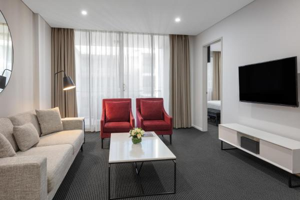 Meriton Suites North Ryde Sydney