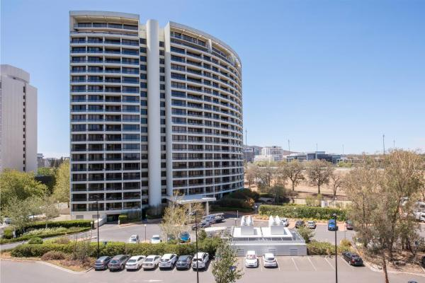 BreakFree Capital Tower Apartments Canberra
