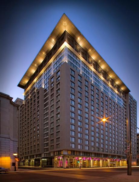 Embassy Suites by Hilton - Montreal Монреаль