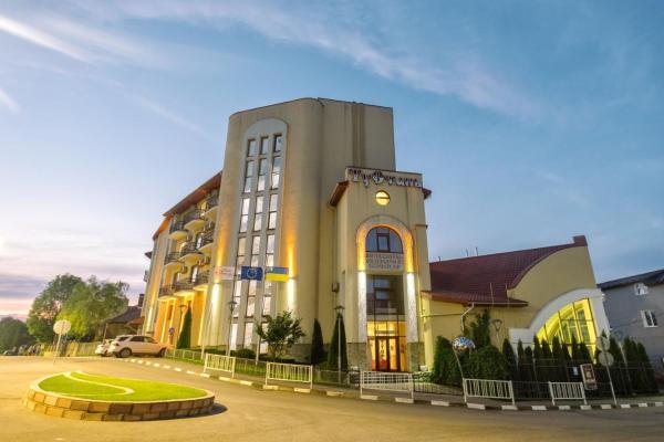 Гостиница тустань фото гагаринский район