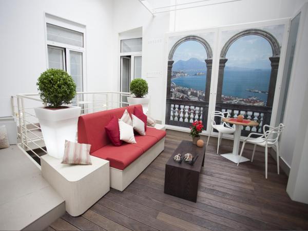 Napolart Naples Campanie Italie 35 Commentaires De Clients Reserver Napolart