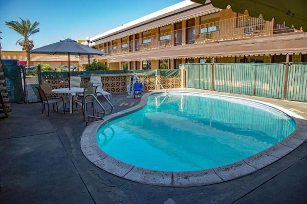 Townhouse Inn and Suites Brawley