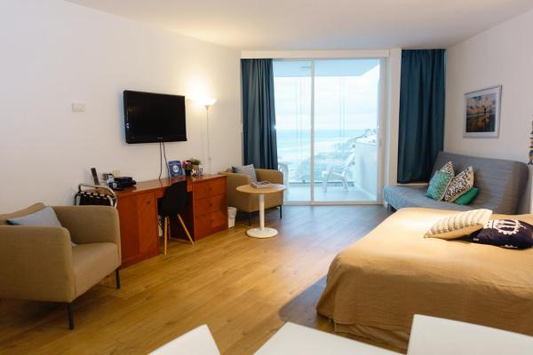Herzliya Sea View Hotel Apartment Герцлия