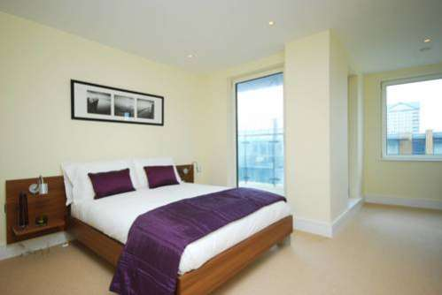 SKY LIVING APARTMENTS - CANARY WHARF Tower Hamlets